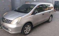Nissan Grand Livina 2009 dijual