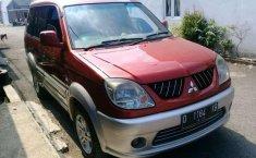Mitsubishi Kuda Grandia 2005 Merah