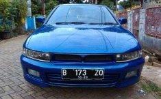 Mitsubishi Galant V6-24 2000 Biru