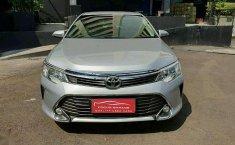 Toyota Camry V 2015 Silver