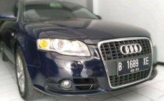 Audi A4  2007 Biru