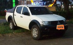 Mitsubishi Triton HD-X 2014 Putih