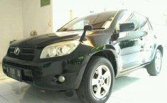 Toyota RAV4 LWB 2006 Hitam