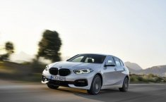 Review All New BMW 118i Sport Line F40 2020