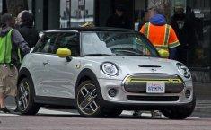 MINI Cooper S E, Mobil listrik Pertama MINI Terlihat Di Jalanan Los Angeles, California
