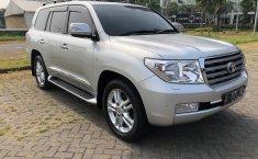 Jual mobil Toyota Land Cruiser 4.5 V8 Diesel 2011