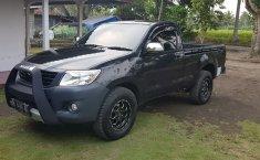 Jual Toyota Hilux 2.5 Diesel NA 2012