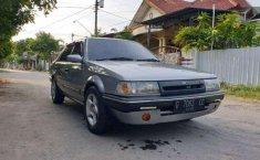 Ford Laser 1990 terbaik