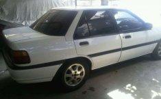 Ford Laser  1995 Putih