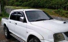 Mitsubishi L200 2005 dijual