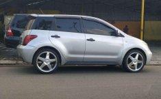 Toyota IST () 2003 kondisi terawat