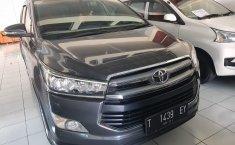 Jual Mobil Toyota Venturer 2016