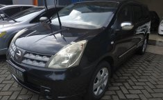 Jual Nissan Grand Livina XV 2010