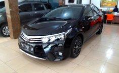 Jual Toyota Corolla Altis 1.8 V 2015