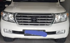 Jual Toyota Land Cruiser 4.5 V8 Diesel Fullspec 2012