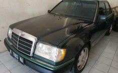 Jual Mercedes-Benz 300E W124 1990