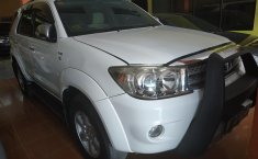 Jual Toyota Fortuner 2.5 G 2011