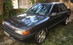 Mazda Interplay  1994 Abu-abu