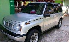 Suzuki Sidekick 2000 dijual