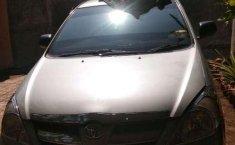 Toyota Kijang Innova 2005 dijual