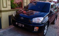 2003 Toyota RAV4 dijual