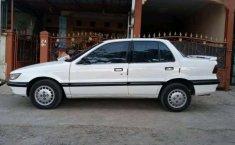 Mitsubishi Lancer  1991 Putih