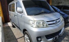 Jual mobil bekas Daihatsu Luxio X 2010
