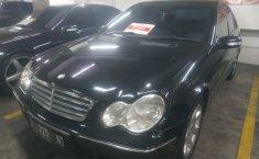 Jual mobil Mercedes-Benz C-Class C240 2006 mobil bekas murah
