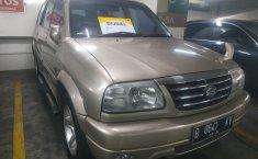 Jual mobil Suzuki Escudo 2.0i 2004 mobil bekas murah