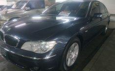 Jual mobil BMW 7 Series 735Li 2002 mobil bekas murah