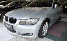 Jual BMW 3 Series 320i 2012 mobil bekas murah