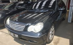 Jual Mobil bekas murah Mercedes-Benz C-Class C 240 2004
