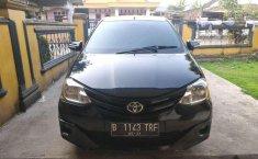 Toyota Etios 2013 terbaik