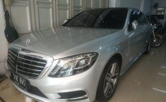 Jual mobil bekas Mercedes-Benz S-Class S 500 2014