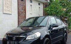 Jual mobil Suzuki Baleno 2009