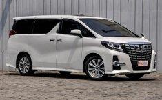 Jual Toyota Alphard S A/T 2015 mobil bekas murah