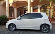 Toyota Etios 2014 terbaik