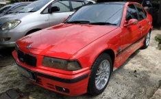 Jual mobil bekas BMW 3 Series 318i 1993 dengan harga murah