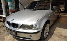 Jual BMW 3 Series 318i 2004 mobil bekas murah