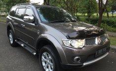 Jual mobil Mitsubishi Pajero Sport Dakar 2012 bekas murah