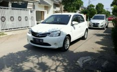 Toyota Etios () 2015 kondisi terawat