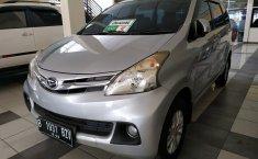 Jual mobil bekas murah Daihatsu Xenia R DLX 2012