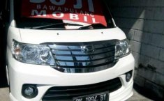 2016 Daihatsu Luxio dijual