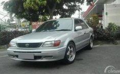Review Toyota Soluna 2000: Image Taksi Memudarkan Kelebihannya