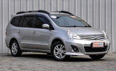 Jual mobil Nissan Grand Livina XV 2013 bekas