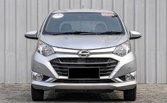 Jual mobil bekas murah Daihatsu Sigra R 2017