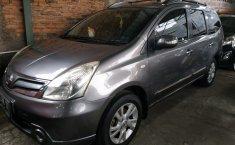 Mobil Nissan Grand Livina XV 2012 Dijual