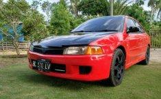 Mitsubishi Lancer  1997 Merah