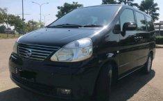 Jual mobil bekas Nissan Serena Highway Star Autech