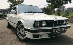 Jual BMW 8 Series M850i xDrive 1991 mobil bekas murah